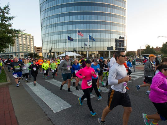 Evansville half marathon riverside.JPG