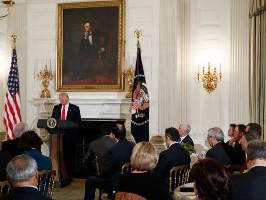 AP TRUMP GOVERNORS A USA DC