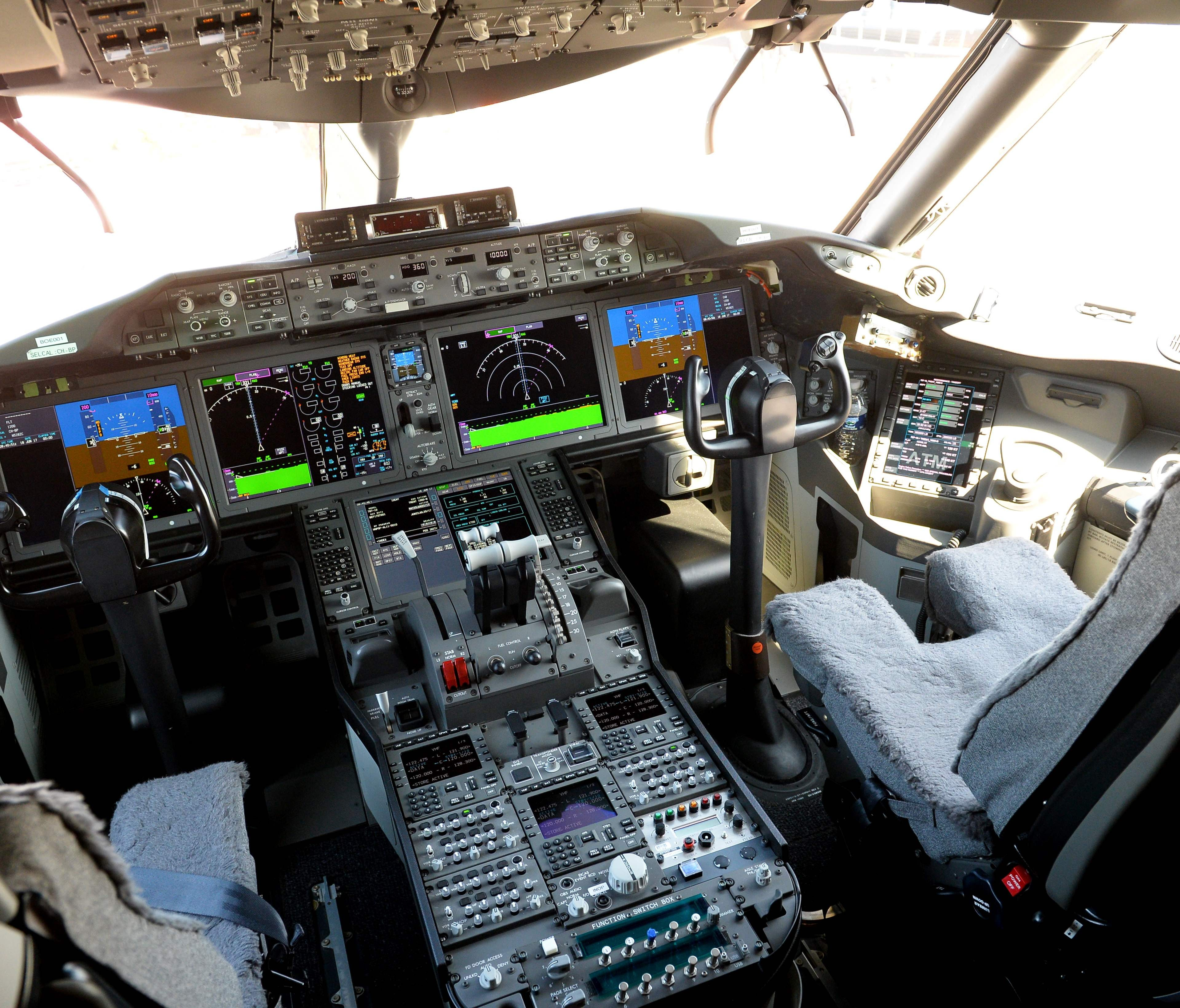 The cockpit of a Boeing 787-10 Dreamliner test plane presented on the tarmac of Le Bourget on June 18, 2017, on the eve of the opening of the International Paris Air Show.