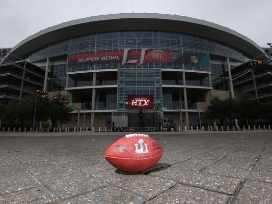 USP NFL: SUPER BOWL LI-STADIUM VIEWS S FBN USA TX
