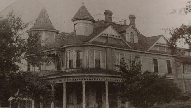 The original Covington home on West Cervantes Street in downtown Pensacola.