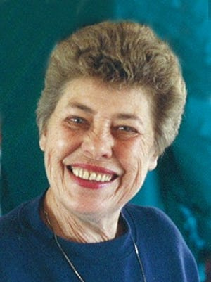 Emma Lee  (Stargrant) Grauberger, 81, of Red Feather Lakes, CO passed away on November 24, 2014 at Lemay Avenue Health and Rehabilitation Center in Ft. Collins, CO.