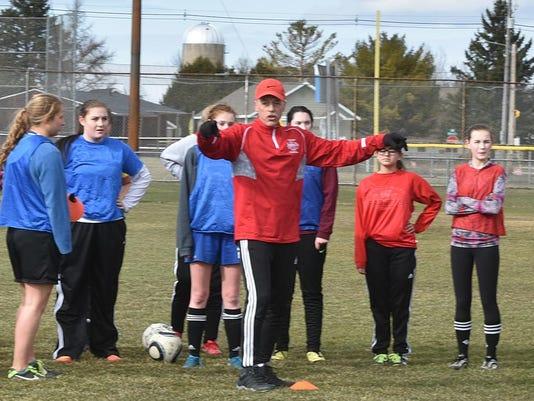 DCA 0409 stbay girls soccer practice
