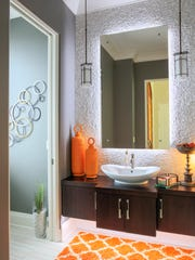Bright accents in the bathroom.