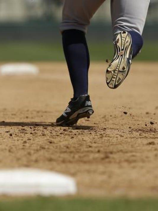 635964215739437863-baseball.jpg