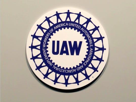 636536221008889277-UAW-logo.jpg