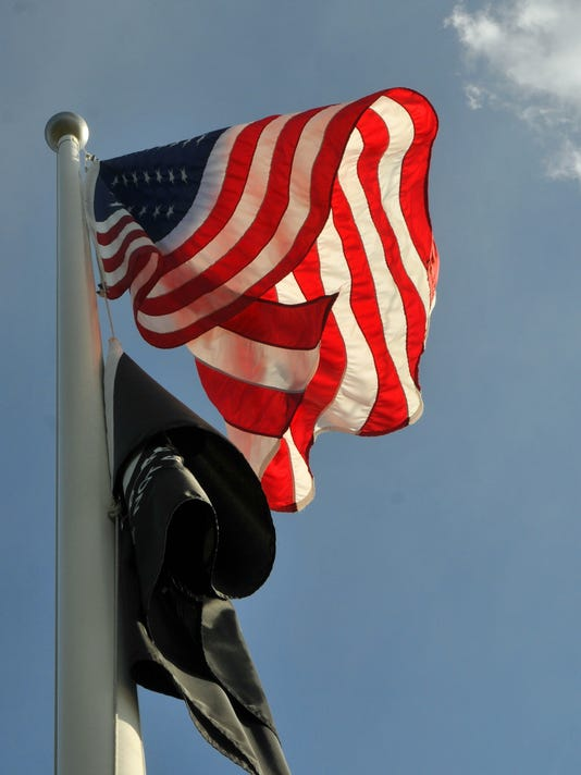 STUDENT FLAG LAW Made in America flags