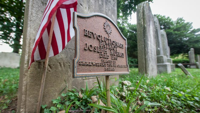 Joseph Murray's grave at Old First Church in Middletown.
