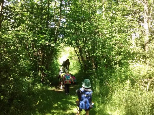 636548951892249217-kids-on-willow-trail.jpg