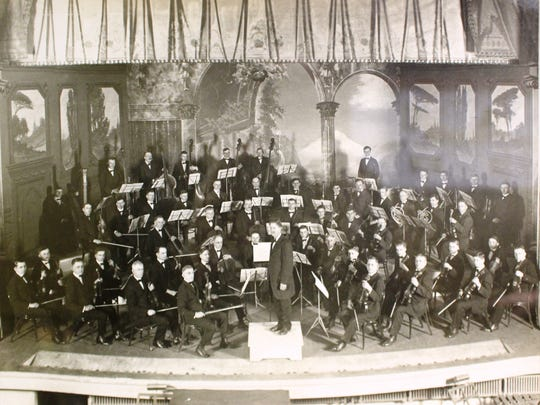 Historic photo of the orchestra from the 1920's.