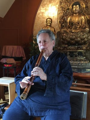 Shakuhachi grand master Ronnie Nyogetsu Reishin Seldin will perform Sunday at the Community School of Music and Arts.