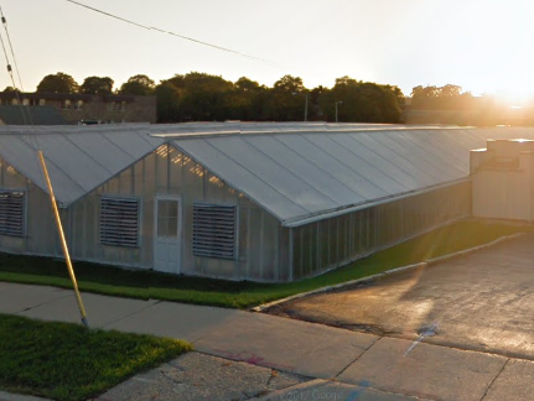 636621532849235827-Hahlbeck.Greenhouse.PNG