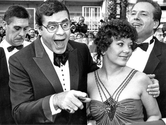 Jerry Lewis -- comedian, actor and director -- dies at 91