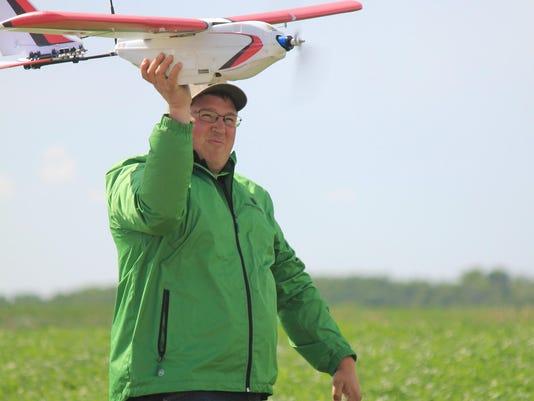 DRONES-FARMING