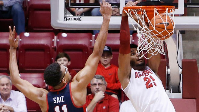 Alabama's Braxton Key (25) finished with 19 points, seven rebounds and five assists.