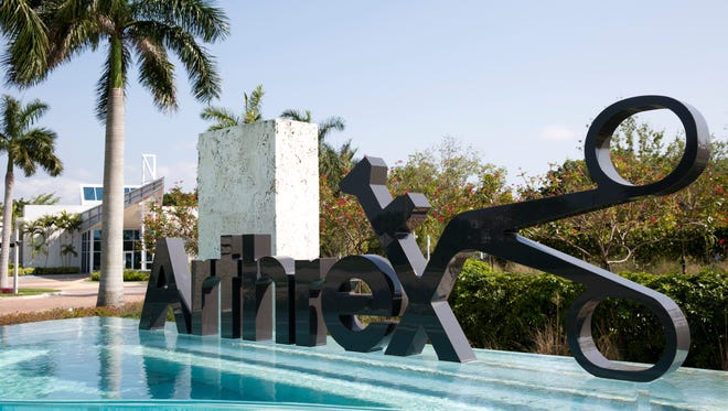 Arthrex's corporate headquarters is in North Naples, but the manufacturer of surgical devices announced Wednesday that it plans to build a plant in South Carolina.