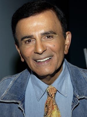 Radio personality Casey Kasem arrives at the Golden Dads Awards ceremony at the Peterson Automotive Museum in June of 2005.