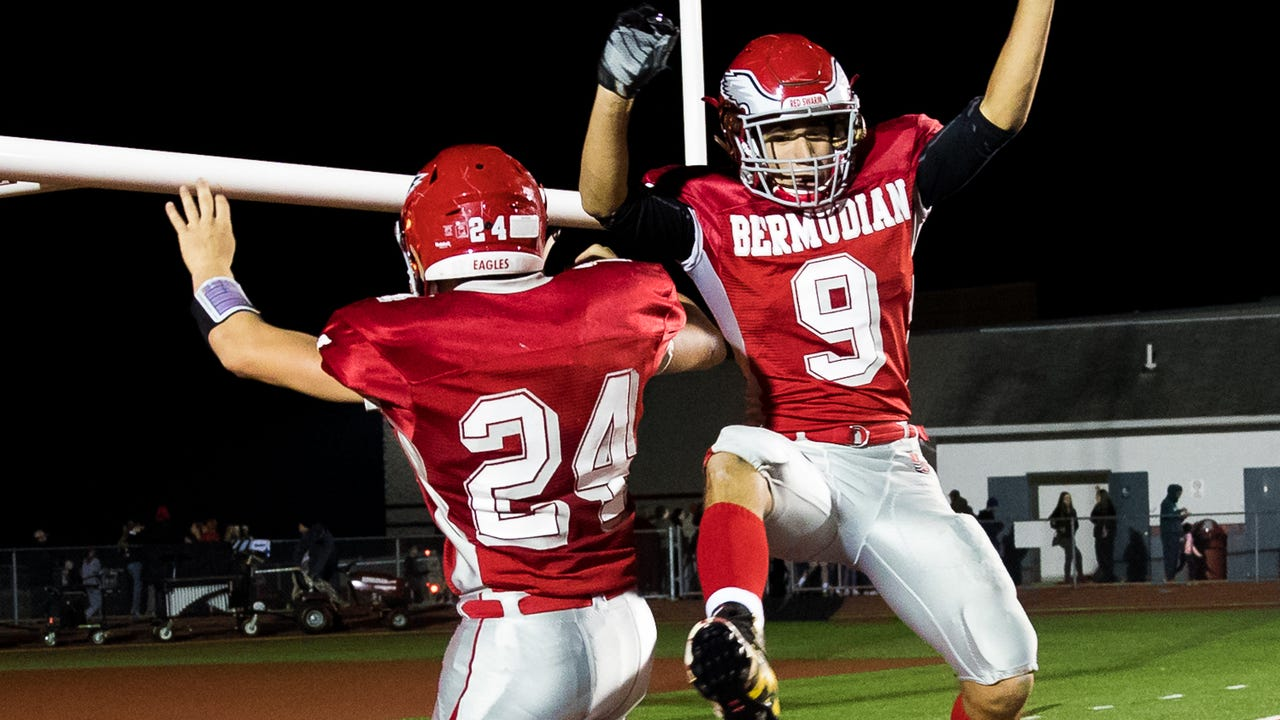 Watch: Bermudian wins with defense, big plays