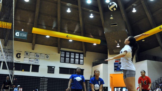 at the Kaizen Diamond Volleyball Club's Neni Tournament for middle school boys' and girls' teams on Jan 30.
