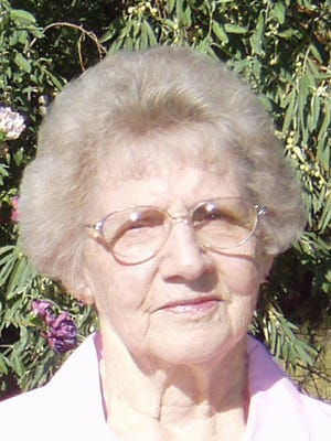 Hazel Eileen (Enoch) Dixon passed away March 29, 2015 at age 87.