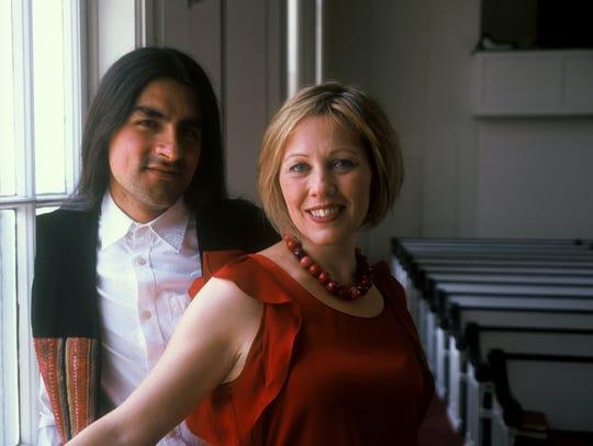 Daniel Gaviria and Sarah Cullins of 8 Cuerdas play