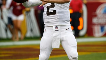 Browns not ready to name starting quarterback just yet