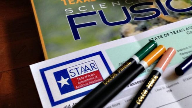 Texas students must take the state standardized test next spring, but fifth and eighth graders can move on to the next grade without passing it, Gov Greg Abbott said Monday.