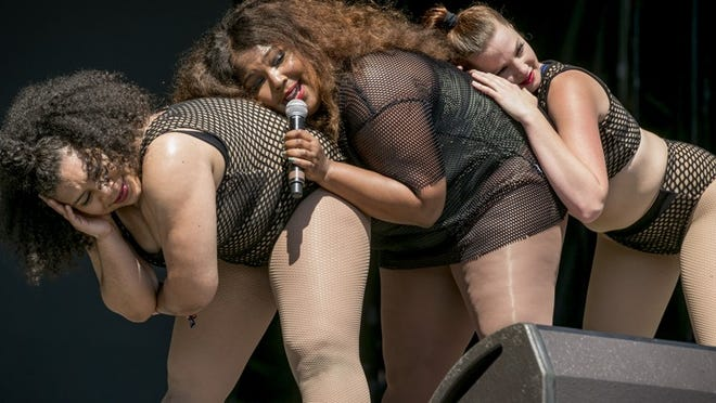 Lizzo, middle, performs, at the Austin City Limits Music Festival in Zilker Park Sunday October 2, 2016. JAY JANNER / AMERICAN-STATESMAN