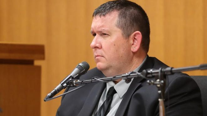 Cedar Park police Sgt. Chris Dailey, who was the lead investigator in the Greg Kelley case, resigned Thursday.
