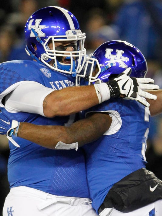 NCAA Football: Charlotte at Kentucky