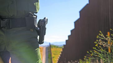 Arizona-Mexico border fence to get replaced in Naco
