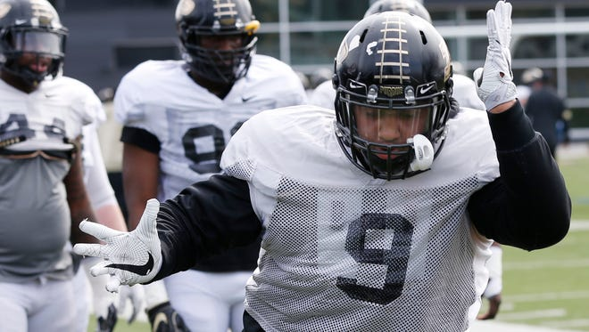 Junior defensive tackle Lorenzo Neal during Purdue spring football practice Monday, March 19, 2018, at the Bimel Practice Complex.