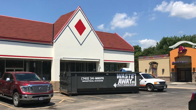 Work is underway to convert the former TanPro space into a Dickey's Barbecue Pit at 1081 N. 21st St., next to Taco Bell.