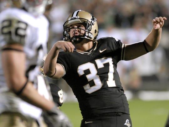 Purdue kicker Carson Wiggs
