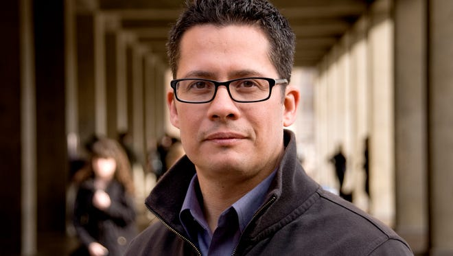 Roberto Gonzales will speak at Willamette University on Friday, Jan. 20, 2017 about undocumented young adults.