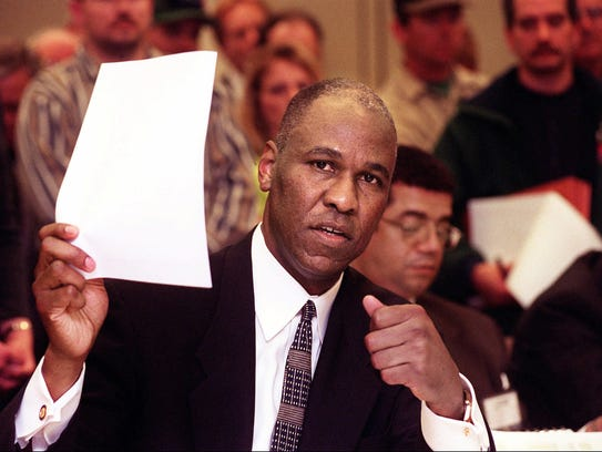 March 17, 1998 - Memphis mayor Willie Herenton addresses