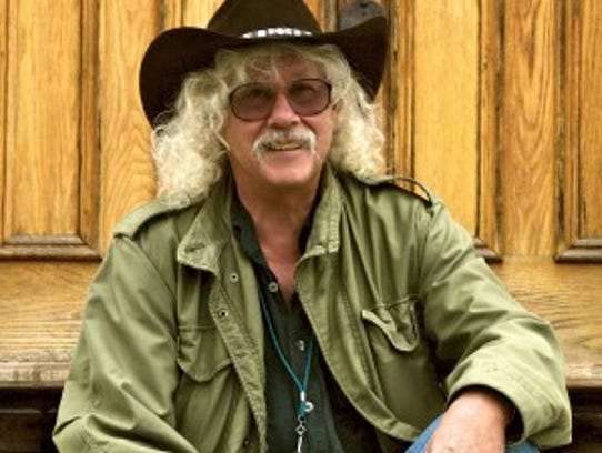 Arlo Guthrie performs at the Strand-Capitol Performing
