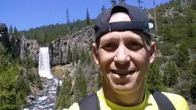 Brett Nelson, as shown in a photo taken by his friend during the popular hike.