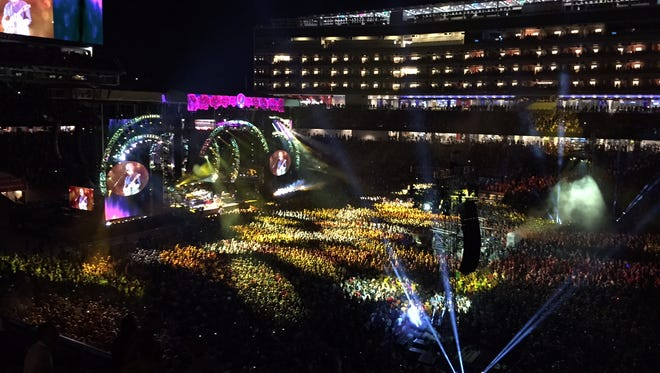 The Grateful Dead kicked off their five-concert farewell tour Saturday at Levi's Stadium in Santa Clara, Calif.