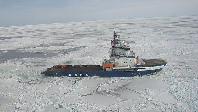 Finnish icebreaker Fennica in the Bay of Botnia in 2003.