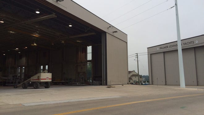Palmer Johnson Yacht's Sturgeon Bay manufacturing facility is closing, the company's owner announced Tuesday.
