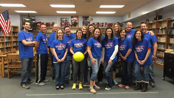 Woodcrest Elementary School's 2016 Volley for Support team