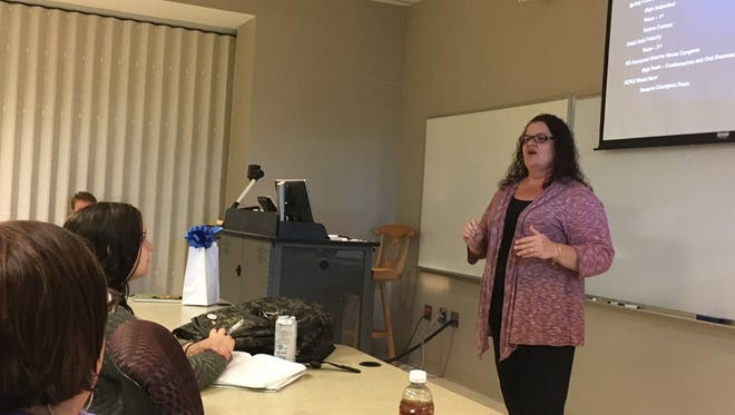 MTSU Alumna Kim Elmore tells a Horse Science class about career potential in the horse industry.