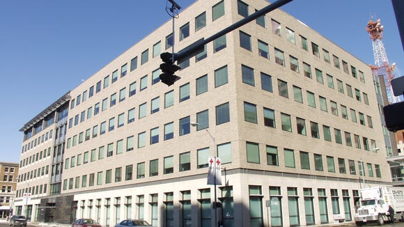Federal Home Loan Bank plans to move its Des Moines office to this building at Ninth and Locust streets.