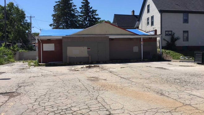 A long-vacant convenience store will be redeveloped as the first Wisconsin location for D.P. Dough.