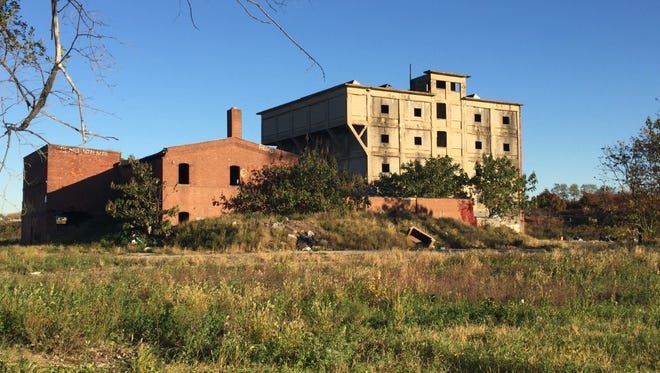 Camden's public works department may move to a 4.3-acre tract at Kaign Avenue and 7th Street that formerly held this abandoned factory.