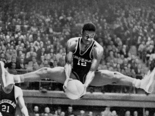Oscar Robertson (12), Cincinnati's All-American Star,
