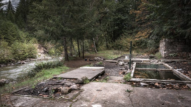 Lower Breitenbush hot springs, home to the ruins of a bathhouse resort that closed in 1979, may be rehabilitated by the U.S. Forest Service