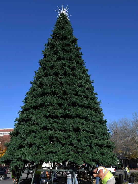 636474756099649268-WAM-ChristmasTreeStar-02.jpg