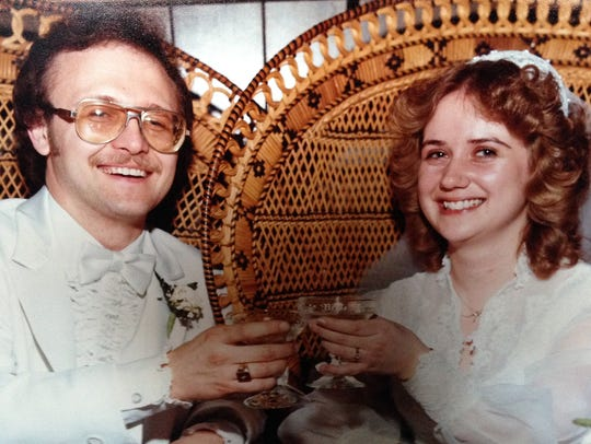 Steve and Diane Homfeldt were married on April 9, 1983,